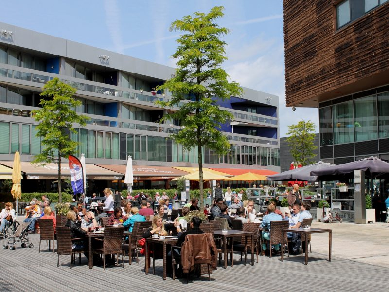 Horecaruimte aan horecaplein in Citymall Almere te huur