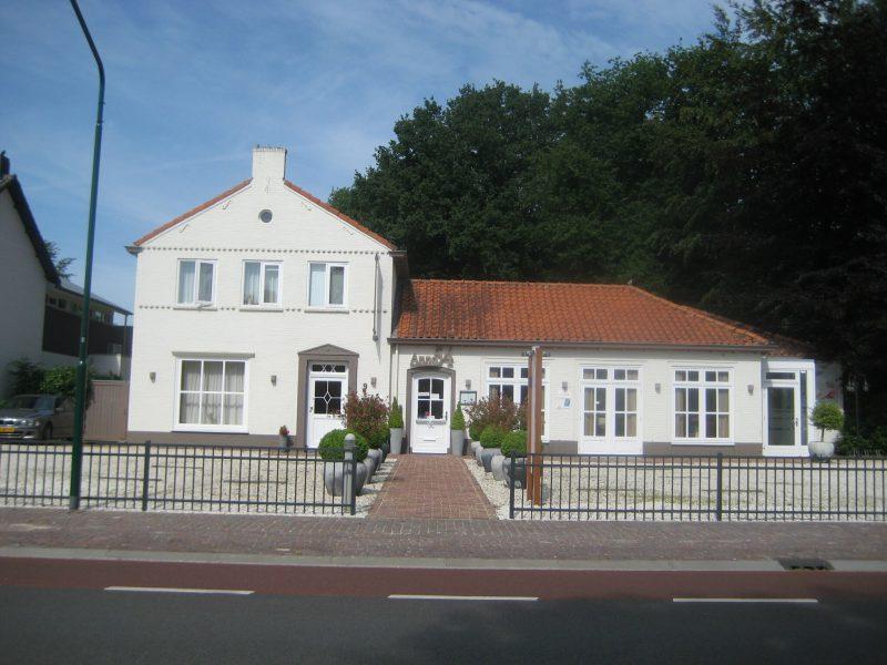 Eigentijds restaurant te Riethoven