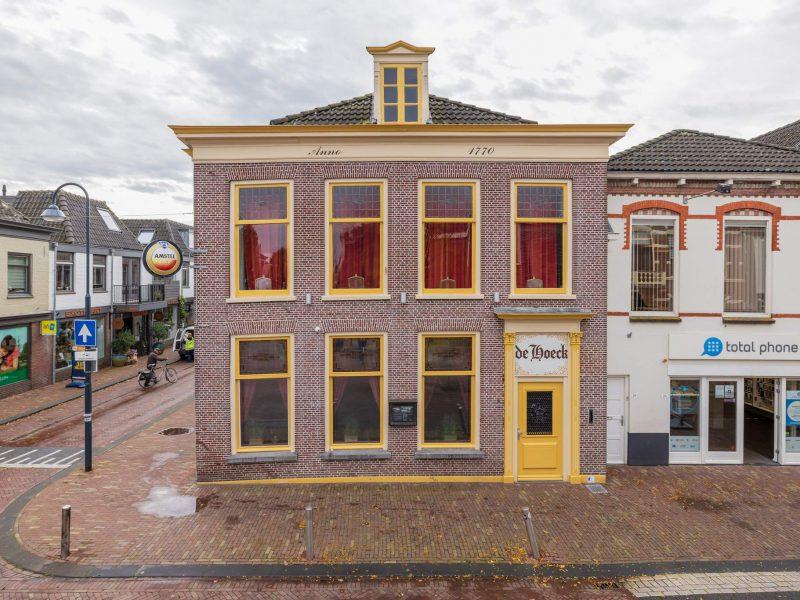 Bruine kroeg in het centrum van Bodegraven ter overname